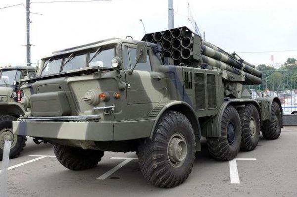 نهم : دار الرئاسة ومعسكر حزيز تحت السيطرة النارية للجيش الوطني