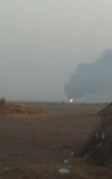 عشرات المواطنين يلقون حتفهم بالقرب من انبوب النفط المتفجر بالحديدة