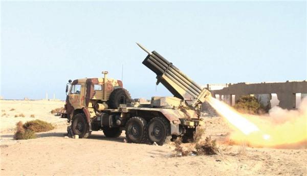 عاااجل.. مأرب : سقوط صاروخ كاتيوشا اطلقته المليشا على حي سكني وسط المدينة