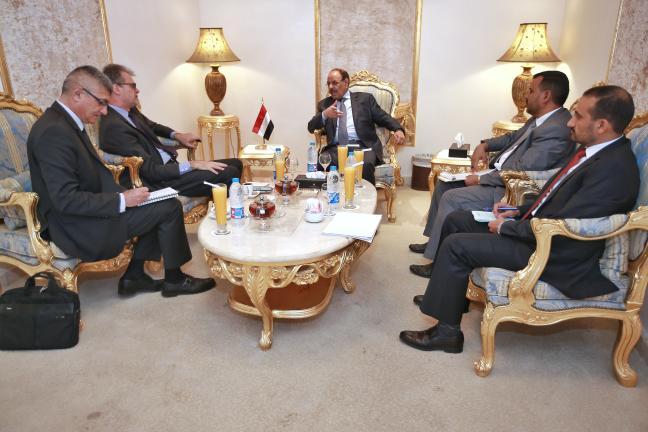 نائب رئيس الجمهورية يؤكد تمسك الشرعية بضرورة إنهاء الانقلاب واستعادة الدولة