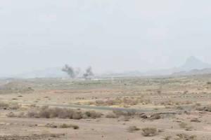 مصرع قيادات حوثية بغارات لطيران التحالف والجيش الوطني يسيطر على قرى بمحيط معسكر خالد