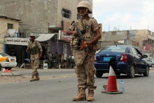 رداً على قرارات الرئيس هادي.. المتمردون يعاودن عمليات ترحيل ابناء الشمال من عدن