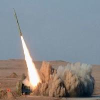 الدفاعات الجوية تعترض صاروخ باليستي اطلقه الحوثيون على المخاء