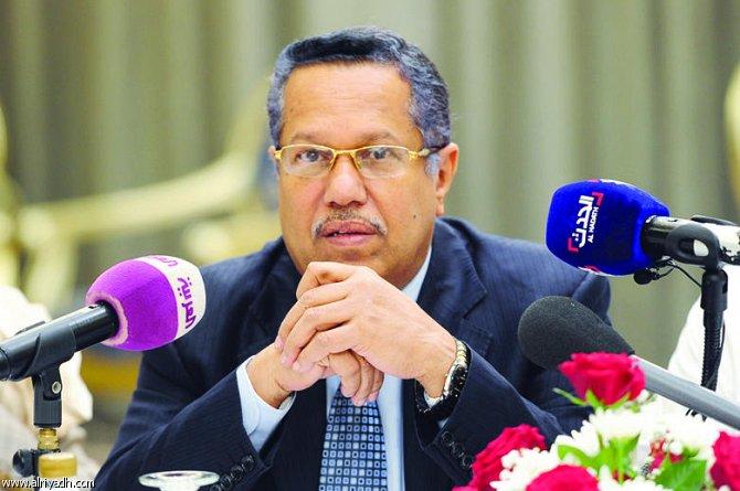 رئيس الوزراء يحذر من سقوط مشروع الدولة اليمنية الاتحادية وتكرار انقلاب صنعاء في عدن