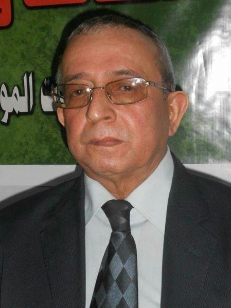 إعلامي يمني بارز يرقد بالعناية المركزة ورئيس الوزراء يطمأن عليه