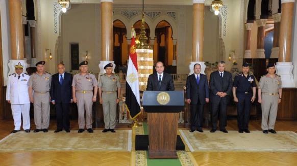 احزاب ومنظمات ومواطنون مصريون يتهمون السيسي ويحمّلونه مسؤولية جريمة المنيا