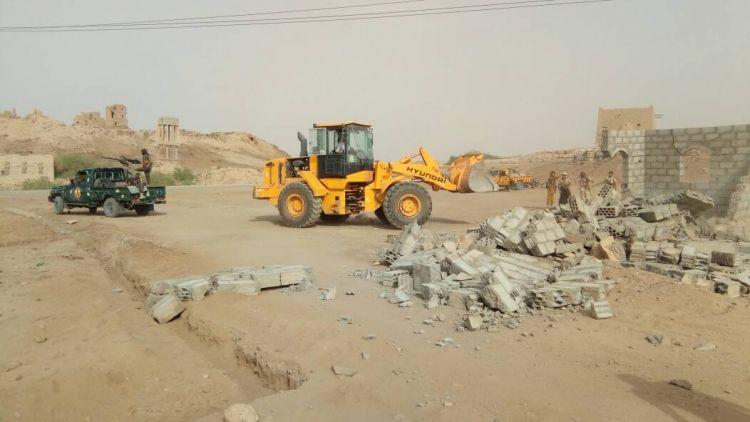 حملة ازالة للبناء العشوائي بمحافظة مارب