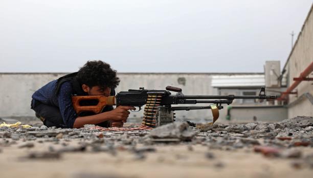 """""""الازمة الخليجية"""" خدمة لتحالف الانقلاب في اليمن"""