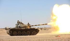 قصف مدفعي متبادل بين المليشيات والجيش الوطني في نملة بصنعاء