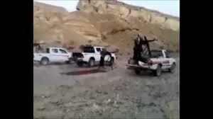قوات التحالف العربي تلقي بقنابل ضوئية على شبوة وتفتح حاجز الصوت.