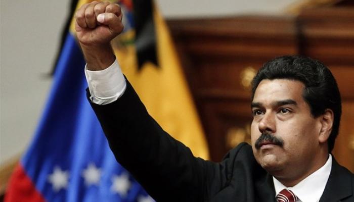 فنزويلا.. احتدام المواجهة بين الحكومة والمعارضة وزعيم الحزب الحاكم يدعو انصاره للدفاع عن الرئيس