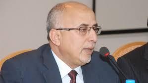 وزير الادارة المحلية يستهجن احتجاز المليشيات قاطرات محملة بأدوية وباء الكوليرا