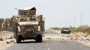 قوات الشرعية تقتحم معسكر خالد ابن الوليد من الجهتين الشمالية والغربية