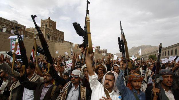 بالتزامن مع حشد المؤتمر… الحوثيون يدعون أنصارهم للاحتشاد في مداخل صنعاء الأربعة في 24 من أغسطس