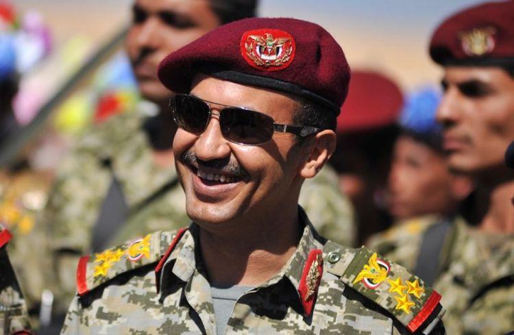 مفاجأة.. جماعة الحوثي تطالب بعودة نجل المخلوع صالح الى اليمن..!!