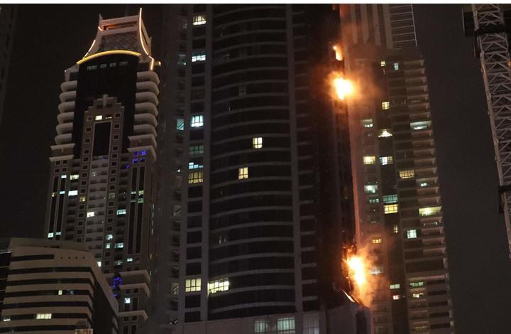 تعرف على الشكوك حول اسباب حريق برج الشعلة في دبي للمرة الثانية