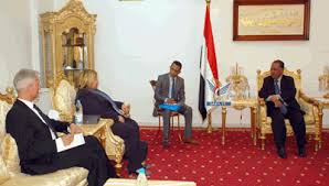 رئيسة البعثة الاوروبية لدى اليمن تعبر عن قلق الاتحاد الاوروبي من تفاقم الوضع الانساني في اليمن