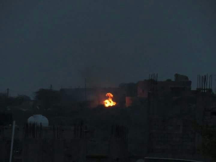 بالصورة… تعز الان: مواقع المليشيا تحترق باطراف مدرات تحت ضربات الجيش الوطني