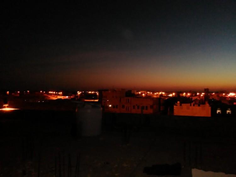 عاصفة رملية تجتاح مدينة مأرب