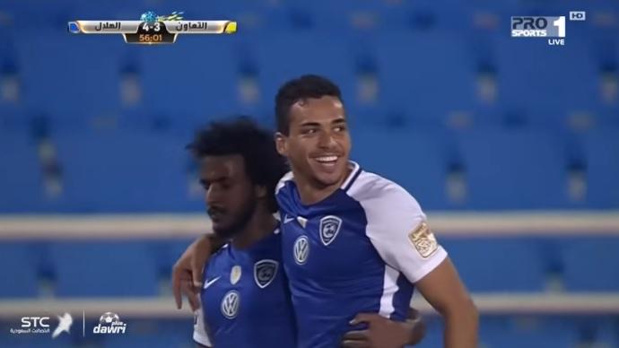 الهلال يكسب موقعة التعاون المثيرة بنتيجة 4 اهداف مقابل 3 في الدوري السعودي