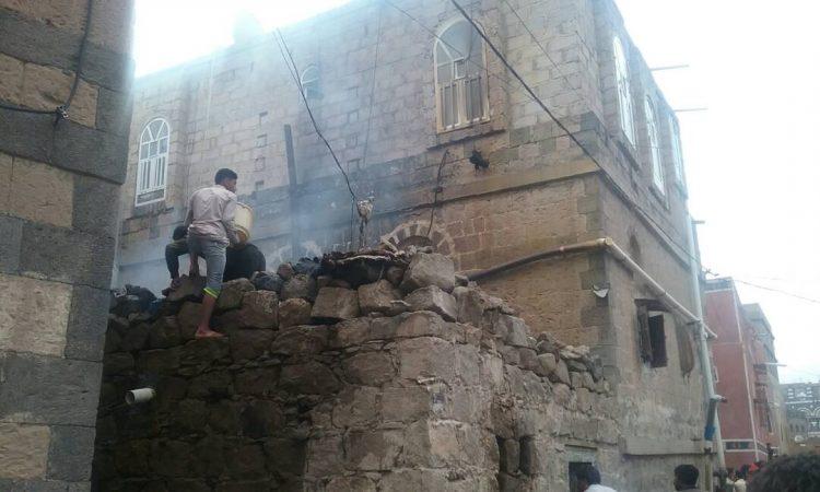 مقتل واصابة 4 اشخاص بانفجار معمل لتصنيع الذخيرة في ذمار