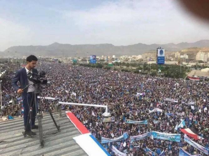 مدير قناة اليمن اليوم: الحوثيين احتجزوا 5 كاميرات تابعة للقناة ومنعوا الصحفيين من التصوير