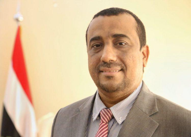 الامين العام لمجلس الوزراء: خلال الساعة القادمة سيتم ضخ الوقود الى جميع محطات الكهرباء في عدن