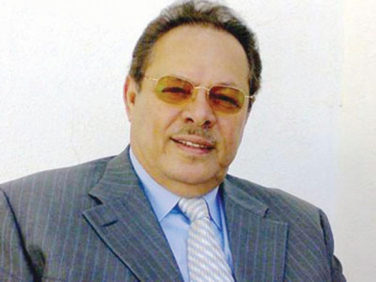 رئيس يمني جنوبي سابق يشيد بمحافظ عدن المفلحي