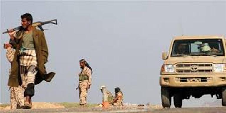 عاجل: قوات الجيش الوطني تنفذ عملية التفاف ناجحة شمال المخا وتقتل 18 من العناصر الإنقلابية وتدمر 3 اطقم