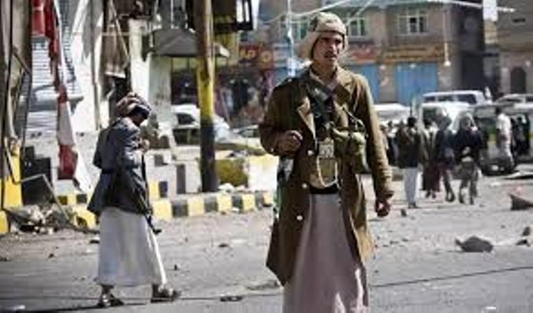 مليشيا الحوثي تعلن حالة الإستنفار في صنعاء وتطالب السكان بالإلتحاق بجبهات الضالع