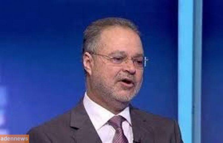 """وزير الخارجية """"المخلافي"""" يوجه بصرف مستحقات الدكتور الشاعر سلطان الصريمي"""