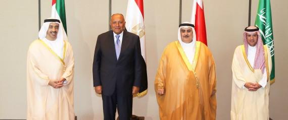 هام… دبلوماسي خليجي يكشفُ عن موعد انتهاء الأزمة الخليجية
