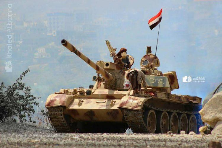 قوات الجيش الوطني تلقي القبض على خلية ارهابية كانت تخطط لاستهداف المنشات واغتيال القيادات الامنية والعسكرية في تعز