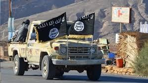 أحد عناصر تنظيم القاعدة يكشف ارتباط التنظيم بمليشيا الحوثي ويعترف بقتاله في صفوفهم