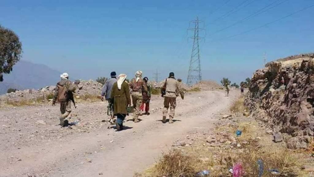 مصرع 11 حوثيا بينهم قيادي ميداني بمعارك مع قوات الجيش الوطني في منطقة الشقب جنوب تعز