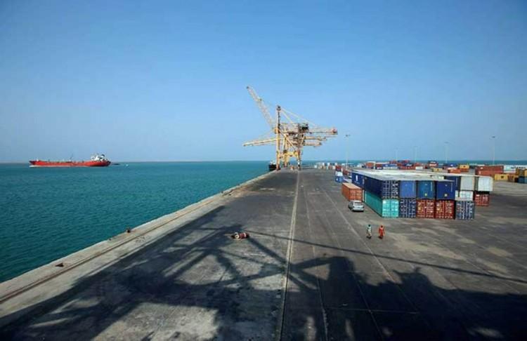 إعادة فتح مينائي الحديدة والصليف امام السفن التجارية والإغاثية من قبل الامم المتحدة