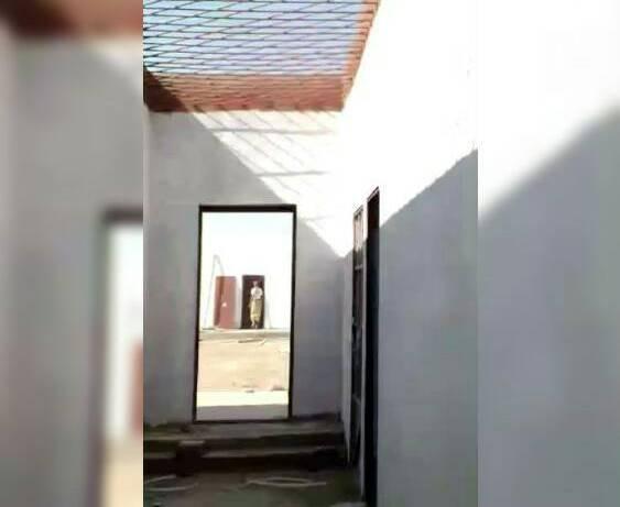"""لأول مرة… نشر  معلومات وتفاصيل عن احد """"اكبر السجون الاماراتية"""" في اليمن"""