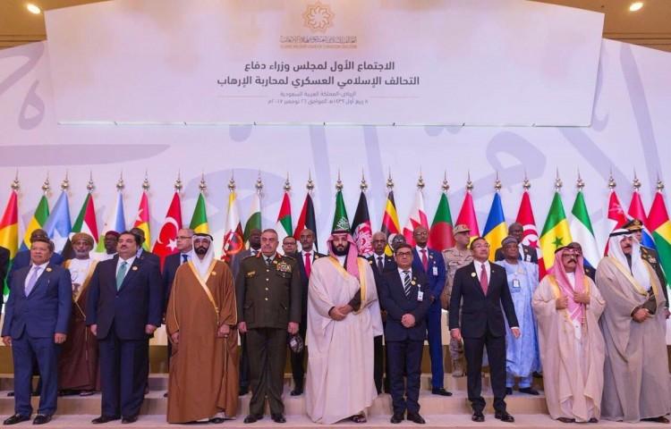 قائد التحالف العسكري الإسلامي: تحالفنا ليس لمحاربة دولة أو طائفة أو دين وهدفه محاربة الإرهاب