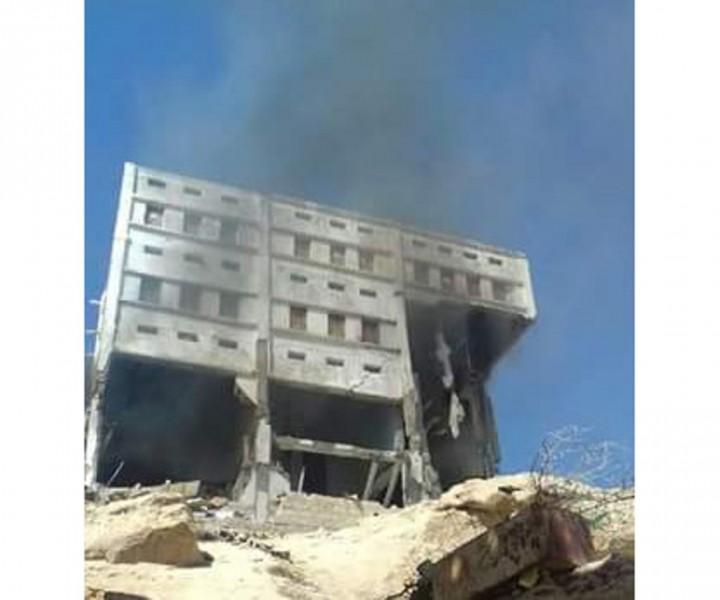 قوات النخبة الشبوانية المدعومة من الإمارات تفجر منزلا في مدينة الحوطة بمحافظة شبوة