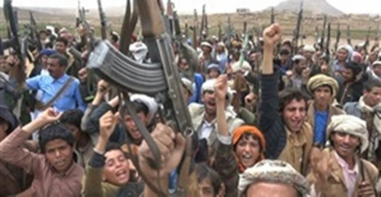 مصادر: القبائل تستولي على سيارة محملة بالنقود تتبع مليشيا الحوثي
