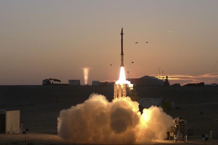 جماعة الحوثي تعلن إطلاق صاروخ على مفاعل نووي في العاصمة الإماراتية أبو ظبي