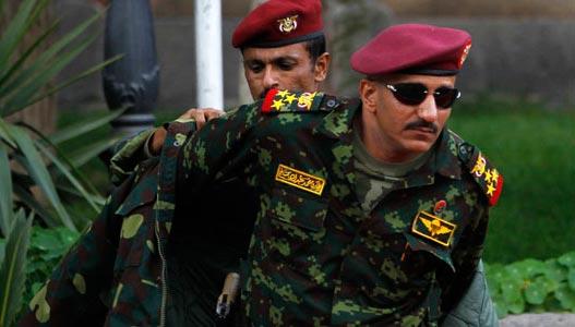 الحوثيون يكشفون مصير العميد طارق محمد عبدالله صالح وشقيقه