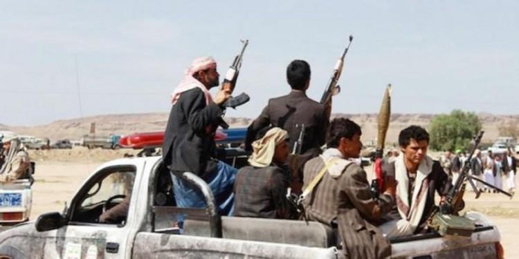 الحوثيون يرسلون تعزيزات لإيقاف إنهيار قواتهم في محافظة الحديدة