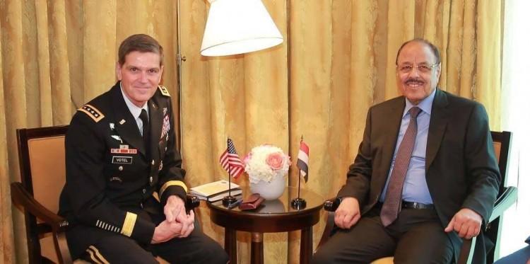 نائب الرئيس يلتقي قائد القيادة المركزية الأمريكية في المنامة على هامش إنعقاد قمة الأمن الإقليمي