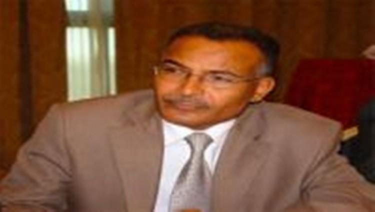 مليشيا الحوثي تفرج عن السكرتير الصحفي للرئيس الراحل صالح