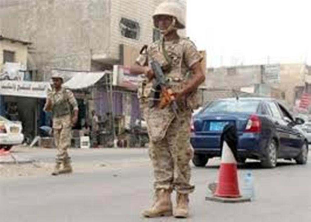 الحزام الأمني المدعوم إماراتيا يحتجز مخصصات التغذية للجيش الوطني بتعز