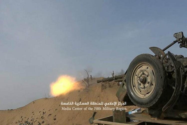 مصرع 3 قيادات ميدانية وأسر أخر من مليشيا الحوثي في إشتباكات بجبهة ميدي