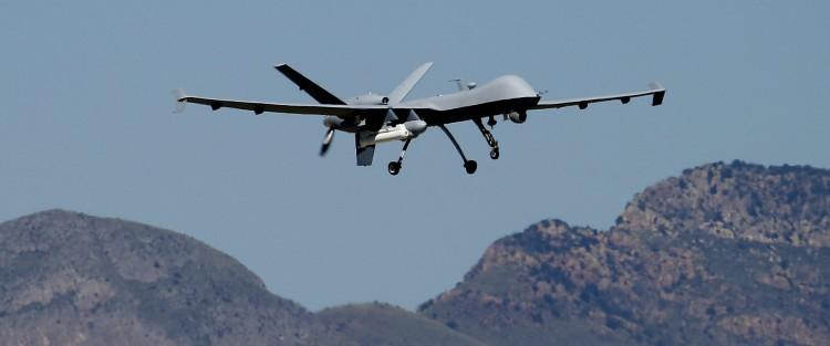 """الكشف عن إحباط تهريب طائرات """"درون"""" وصواريخ كانت في طريقها إلى صنعاء"""