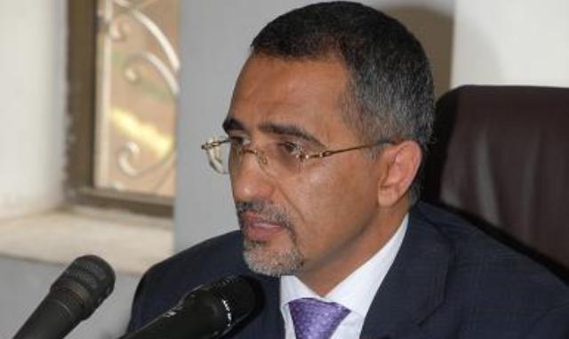 محافظ البنك المركزي اليمني يتهم بريطانيا بعرقلة عمل البنك