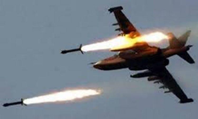يُعتقد أنها إماراتية.. طائرات أجنبية تدك العاصمة الليبية والسلطات تغلق مطار معيتيقة الدولي